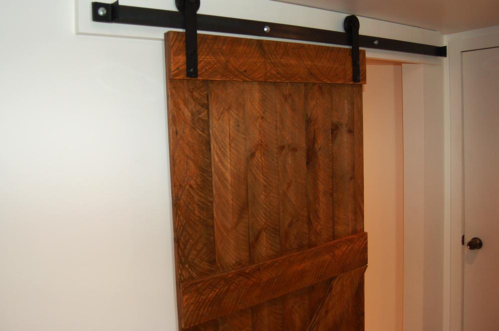 Porte coulissante panache labo de bois - Porte coulissante en bois ...